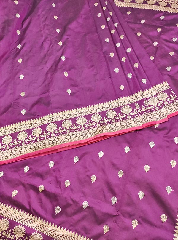 Plum Katan silk handloom Banarasi saree with artistic sona rupa booti (3) Center