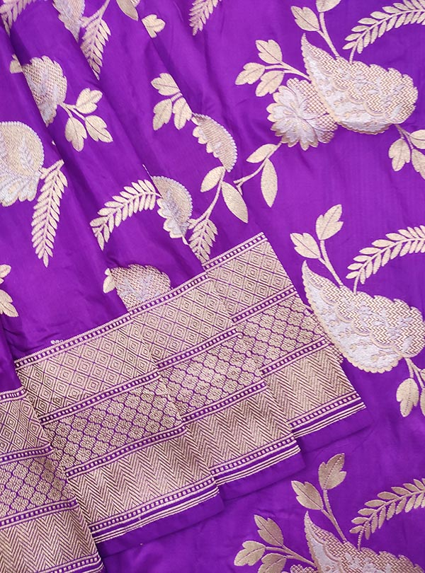 Purple Katan Silk handloom Banarasi saree with aesthetic sona rupa jaal (2) Close up