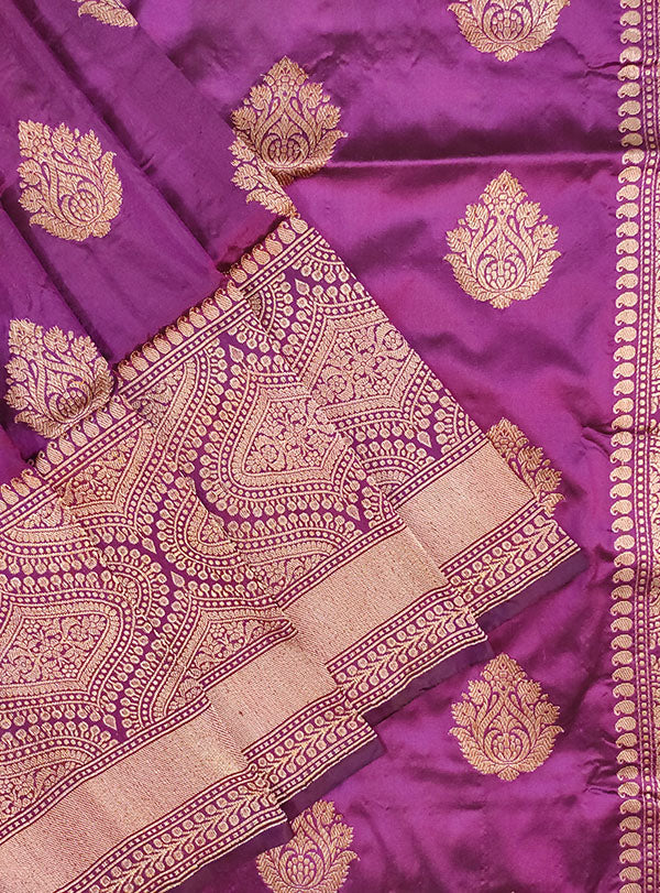 Purple Katan silk handloom Banarasi saree with stylized boota (2) close up