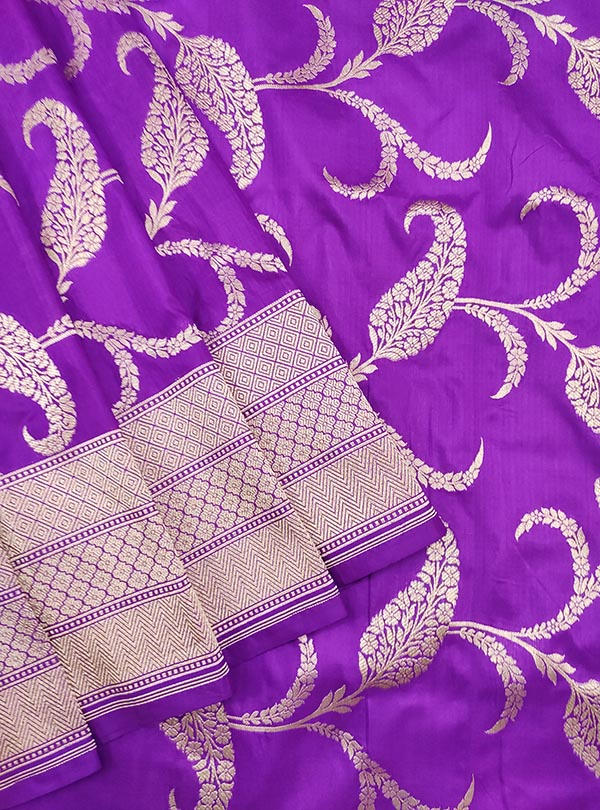 Purple katan silk Banarasi saree with artistic paisley jaal (2) CLose up