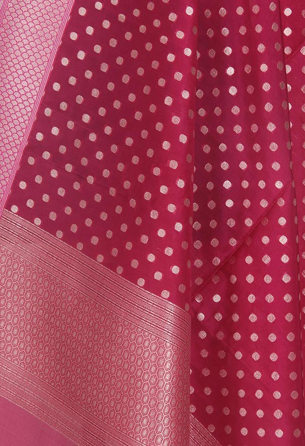 Rani pink summer silk handwoven Banarasi dupatta with polka dots (2) Close up