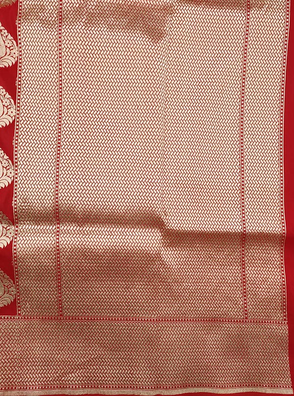 Red Katan silk handloom Banarasi saree with stylized leaf shape booti (4) ANchal