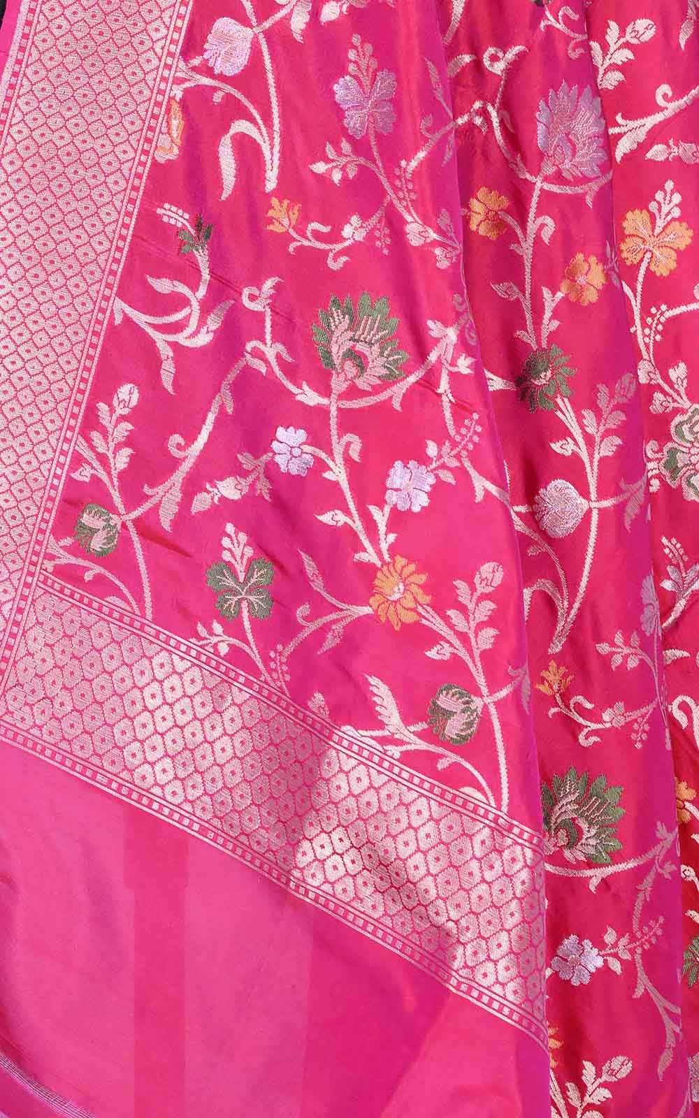 Red Pink Katan silk Banarasi dupatta with aesthetic meenedar floral jaal (2) Close up