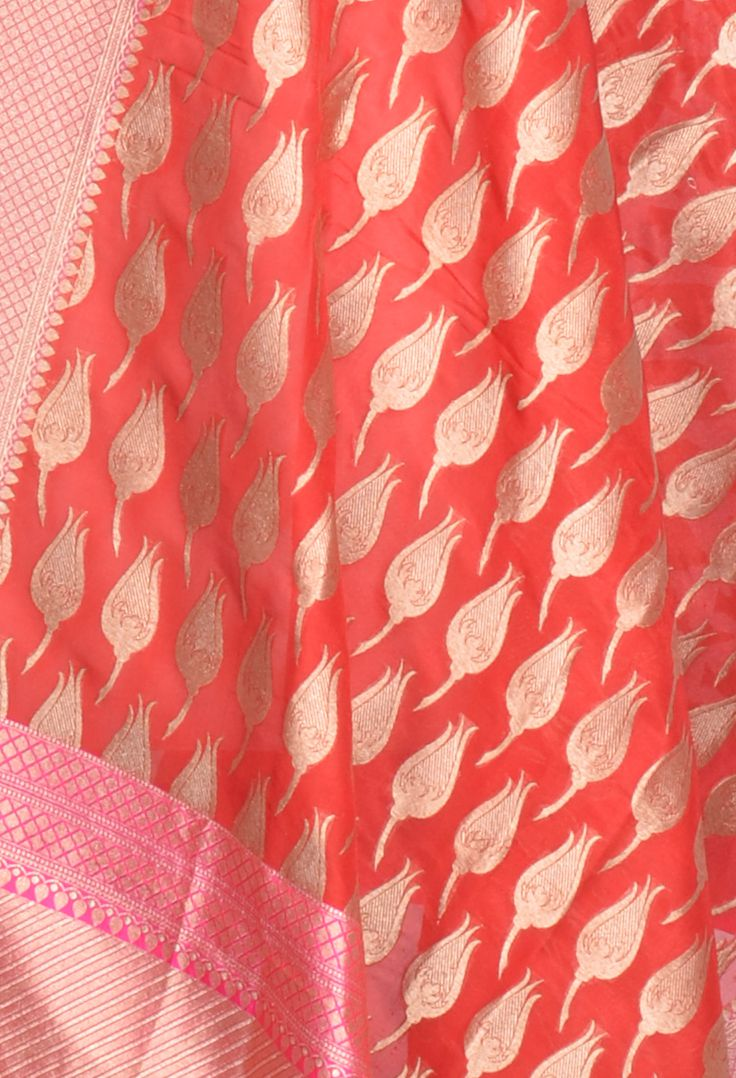 Red Katan Silk Banarasi dupatta with rose bud motifs (2) Close up