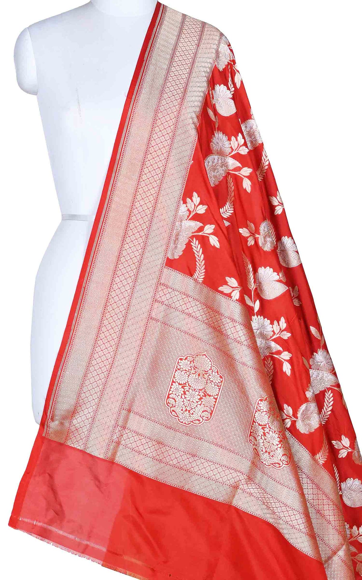 Red katan silk Banarasi dupatta with stylized sona rupa jaal (1) Main