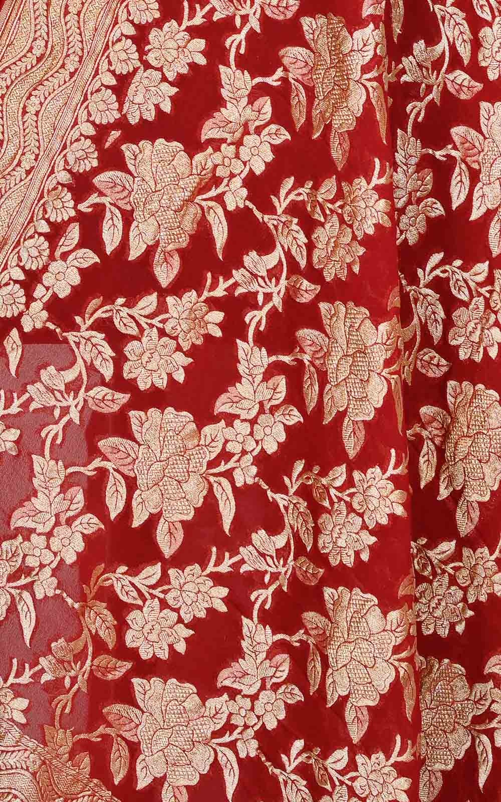 Red khaddi georgette Banarasi dupatta with floral jaal (2) Close up