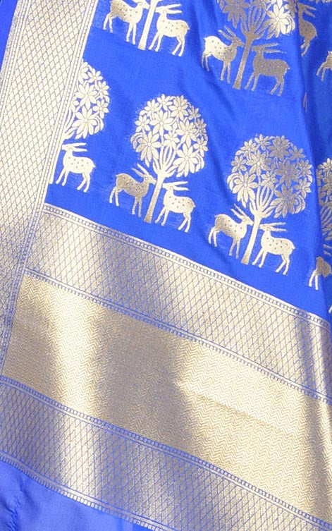 Royal Blue Banarasi dupatta with deer under tree motifs (2) closeup