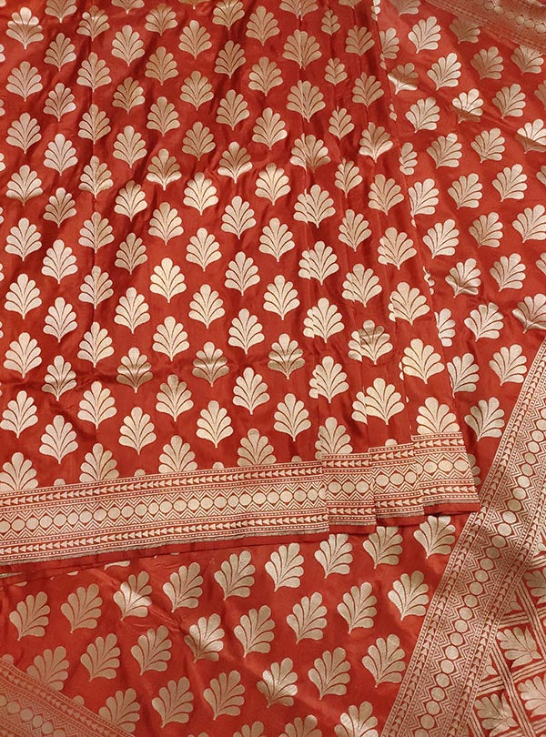 Rust Katan Silk handloom Banarasi saree with leaf shape boota (2) full