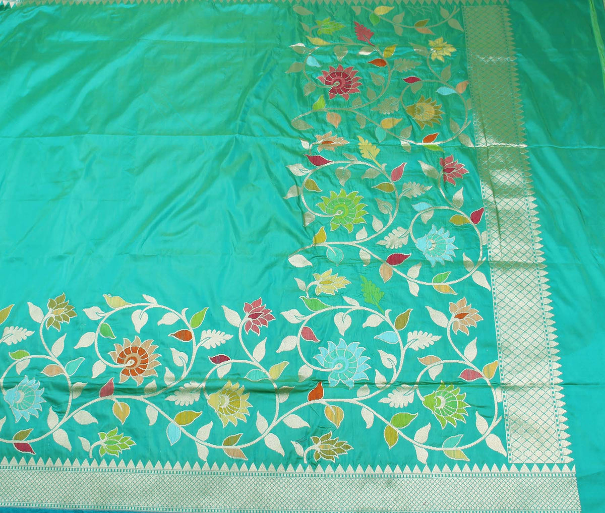 Sea Green Katan Silk Handwoven Banarasi saree with meenedar floral jaal border (2) flat