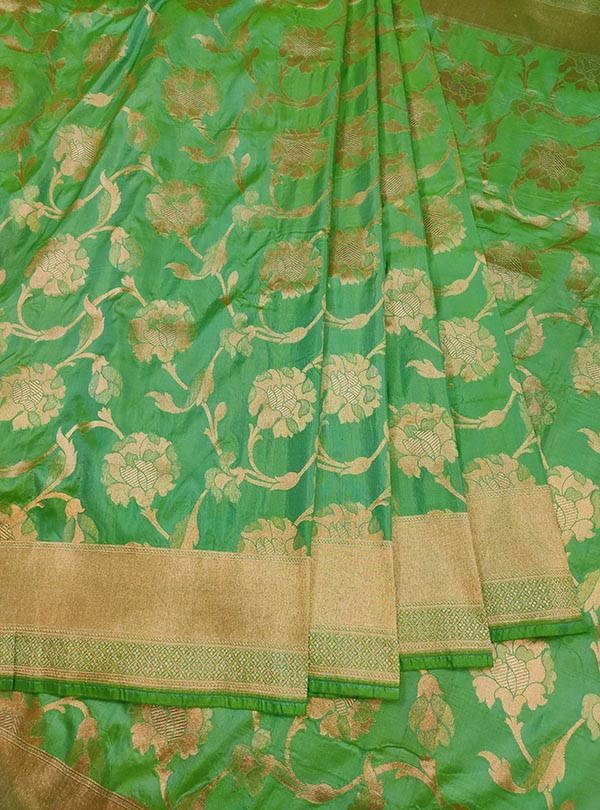 Sea green katan silk Banarasi saree with elegant flower jaal (3) center