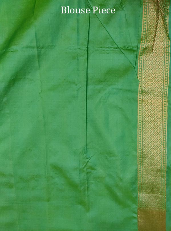 Sea green katan silk Banarasi saree with elegant flower jaal (5) blouse