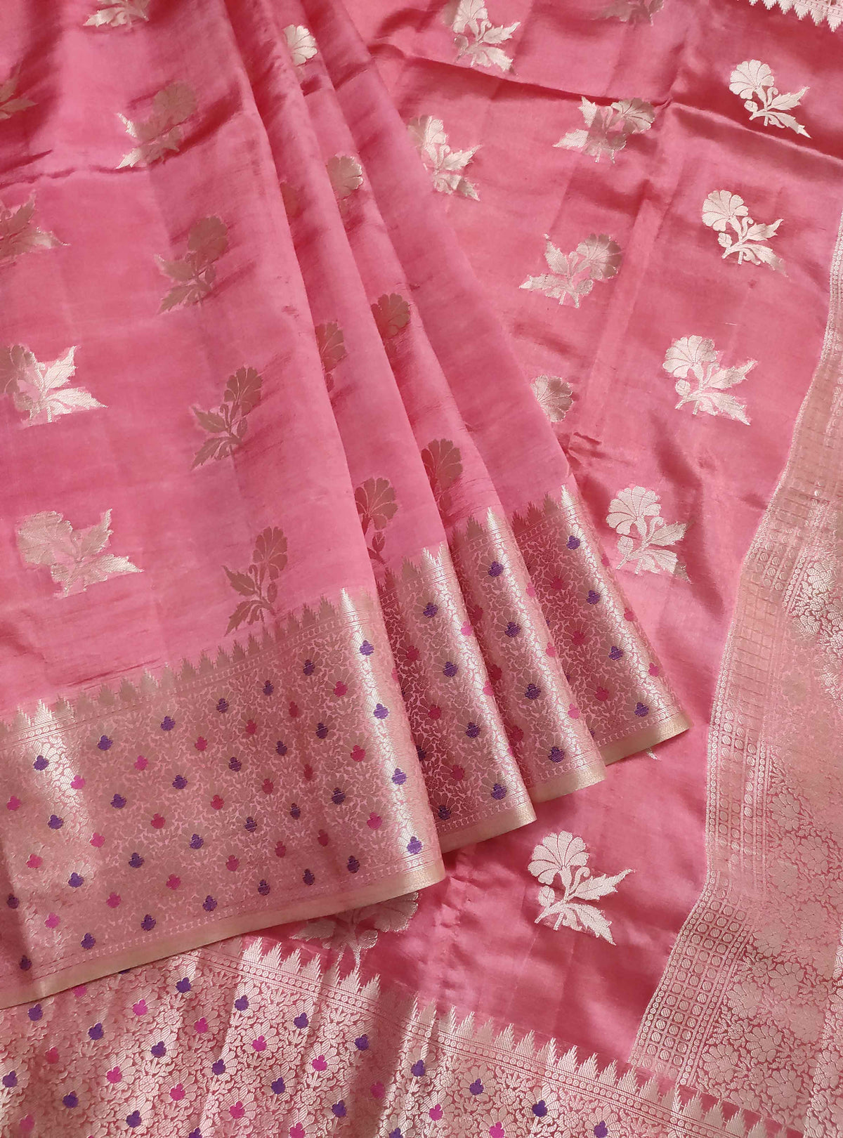 Strawberry red dupion silk Banarasi saree with flower boota and meenedar border (3) Front