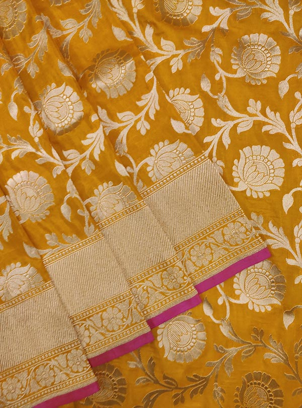 Yellow Katan silk handloom Banarasi saree with flower jaal (2) Close up