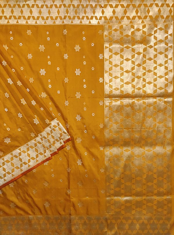 Yellow Katan silk handloom Banarasi saree with sona rupa star booti (1) main