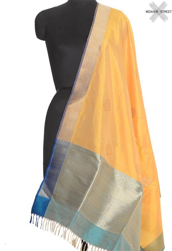 Yellow Katan silk handwoven Banarasi dupatta with elegant buta (1) Main