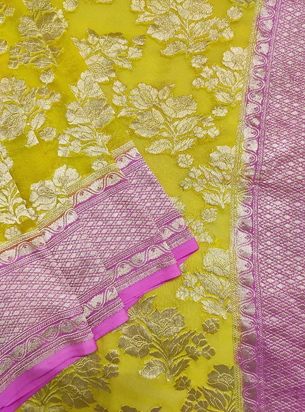 Yellow Khaddi georgette handwoven Banarasi saree with flower boota jaal (2) close up