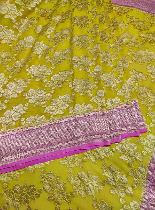 Yellow Khaddi georgette handwoven Banarasi saree with flower boota jaal (3) center