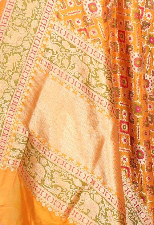 Yellow Katan Silk Banarasi dupatta with meenedar patola jaal (2) closeup