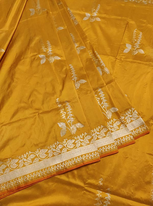 Yellow katan silk Banarasi saree with tulsi plant boota in sona rupa zari (3) center