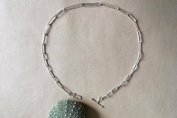 PRE ORDER  -  Delivery early December - Silver liquified choker