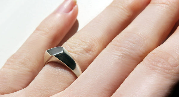 shop ethical sustainable & ethical clothing by EMBR jewellery Silver facet ring