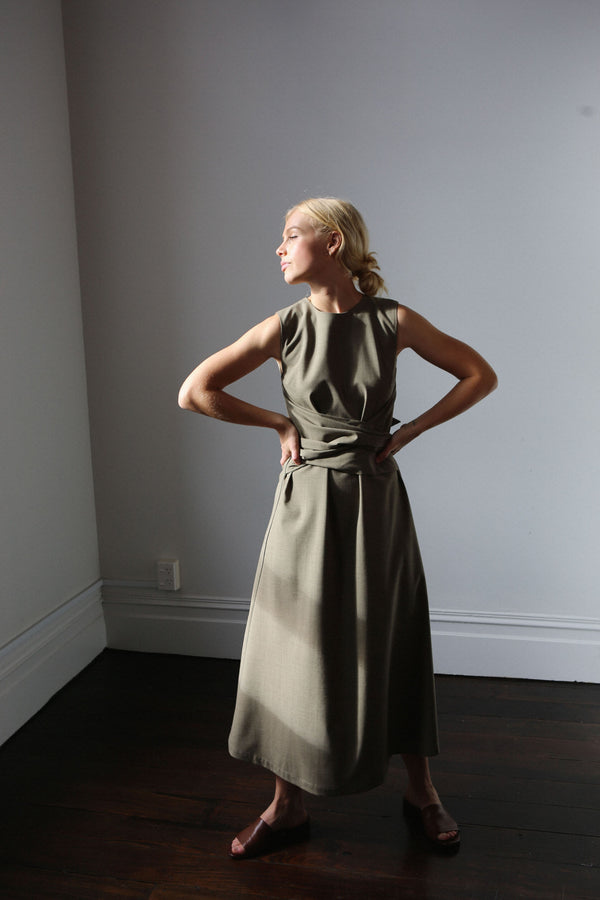 Hellesey Dress