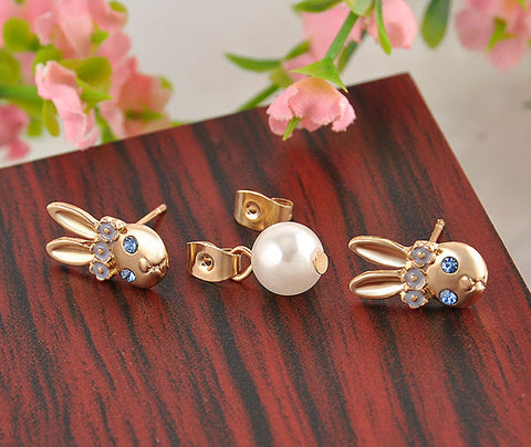 Lovely Bunny Face and Pearl Stud Earrings – Gold Design