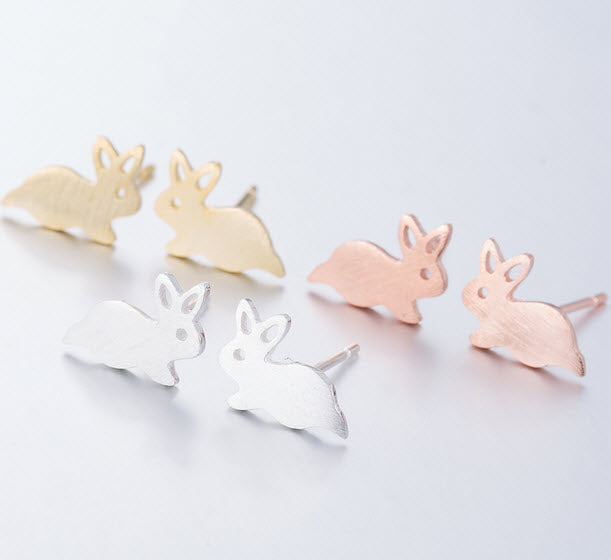 Vintage Bunny Rabbit Stud Earrings Design