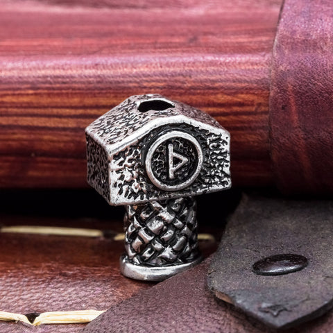 Thurisaz rune mjolnir thors hammer hair beard bead