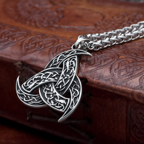 The Horns of Odin (Triskele) on chain