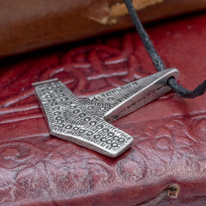You added Romesdal Asgard Thor's Hammer to your cart.