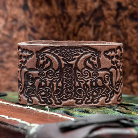 Sleipnir Brown Leather cuff
