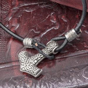 You added Silver Plated Thor's Hammer (Mjolnir) Leather Hook Bracelet to your cart.