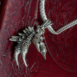 You added 925 Sterling Silver Dragon Claw to your cart.