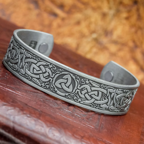 Triquatra Oseberg Bangle