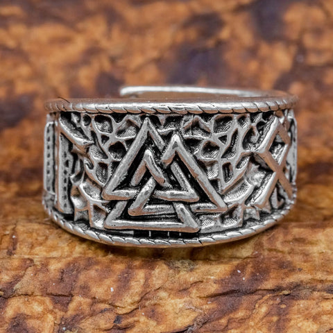 Valknut and Rune Ring viking
