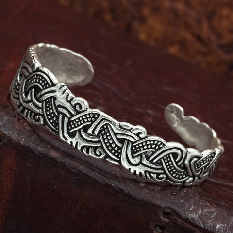 Thorleif Asymmetric Arm Ring