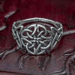You added 925 Sterling Silver Knotwork Ring (made to order) to your cart.