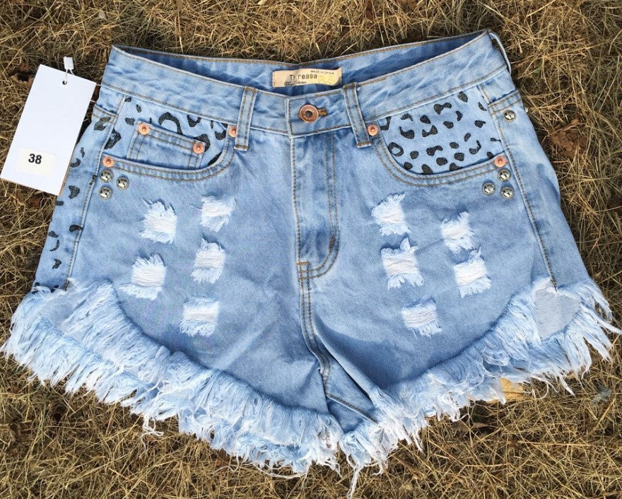 ae4a419738d7 ... 2054 2017 Women's Fashion Brand Vintage Tassel Leopard Rivet Ripped  Loose High Waisted Short Jeans Punk ...