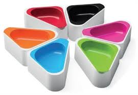 The Triangle Dog Bowl by Hing Designs - Pica's Pets