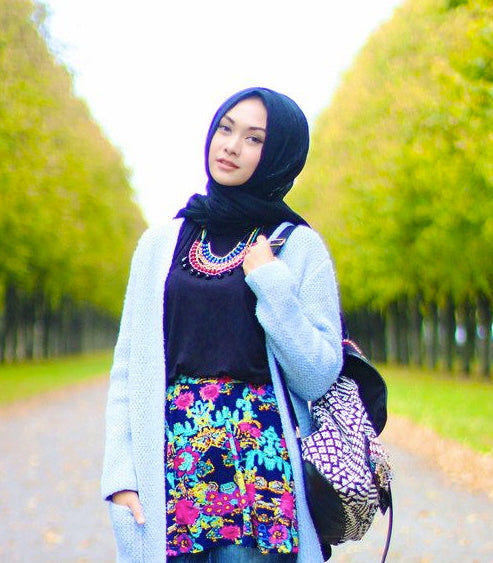 0948a1c6dbbd The Best Hijab Styles for Your Face Shape. Find a flattering hijab ...