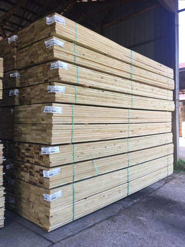 "1.25 (5/4"") x 06-14 Treated #1 SYP MCA GC KDAT - LumberWorks FRESH Premium Decking"