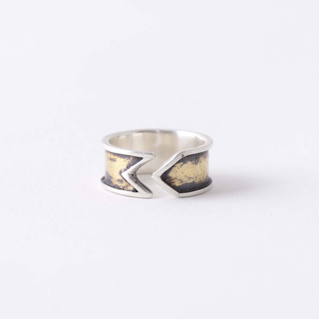 ARROW CUFF RING