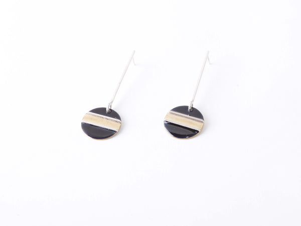 BLACK & BRASS EARRINGS