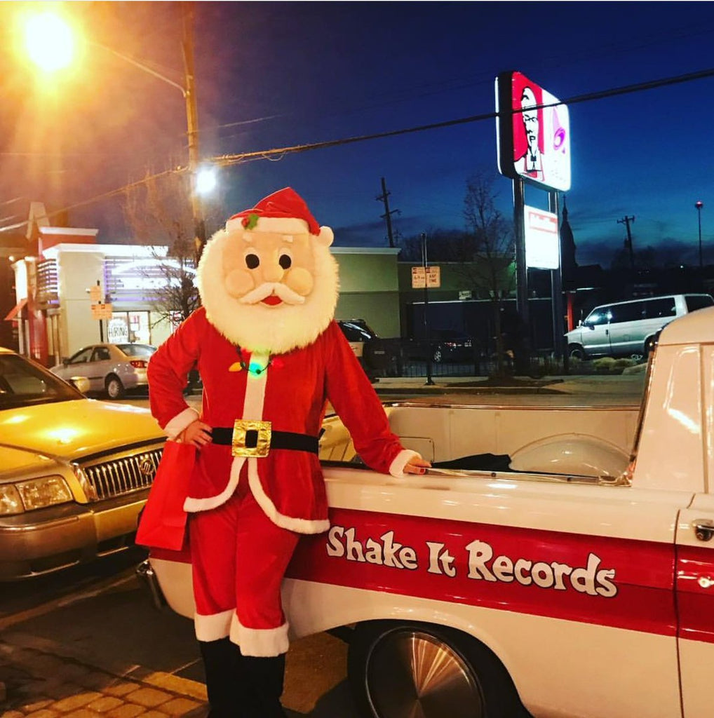 Shake It 2018 Holiday Hours