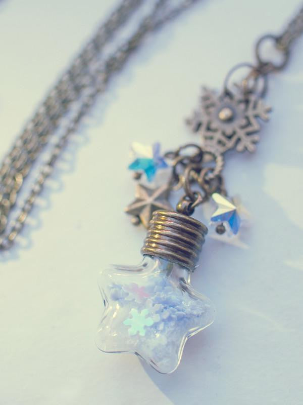 Handmade Snowflake star vial pendant necklace | 13th Psyche