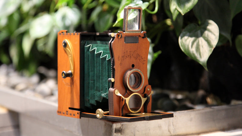 Jollylook Auto - The Modern Vintage Instant Film Camera is Funded!