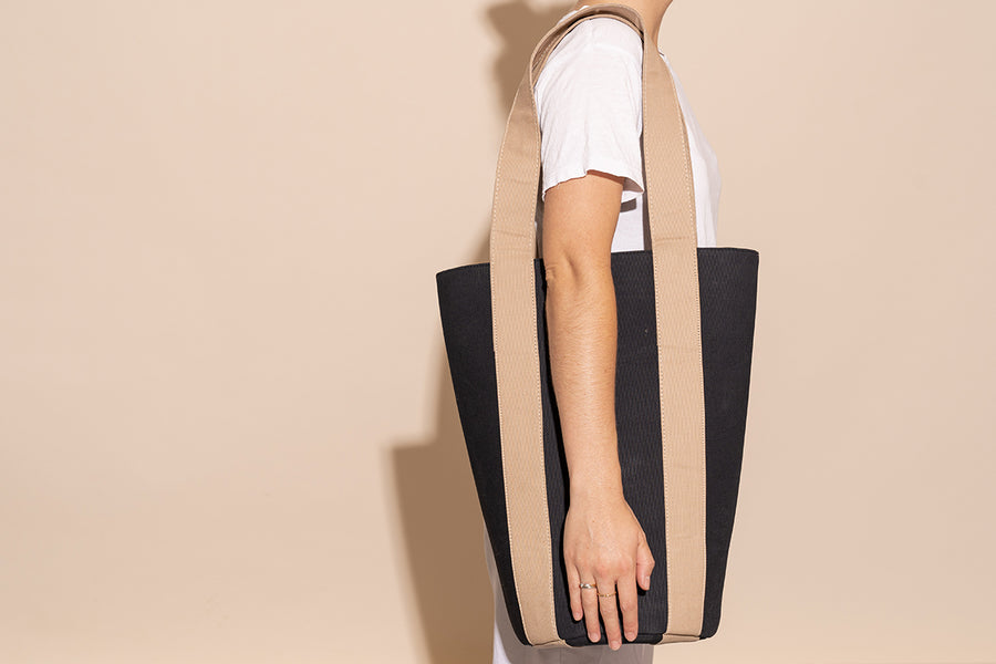 'Mercato Tote' - Black Canvas