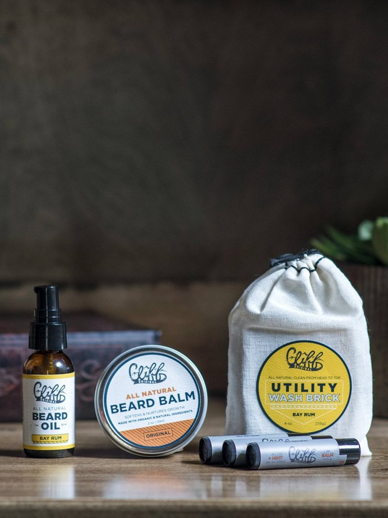 BEARD CARE ESSENTIALS GIFT SET