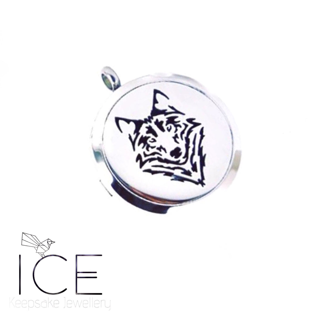 Wolf Locket - In Stainless Steel